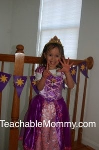 Tangled birthday party ideas, Tangled Birthday Party Games, Tangled Birthday party decorations, Tangled printouts, Rapunzel birthday party, Disney Rapunzel, Disney Tangled #Tangled, Disney Princess Party