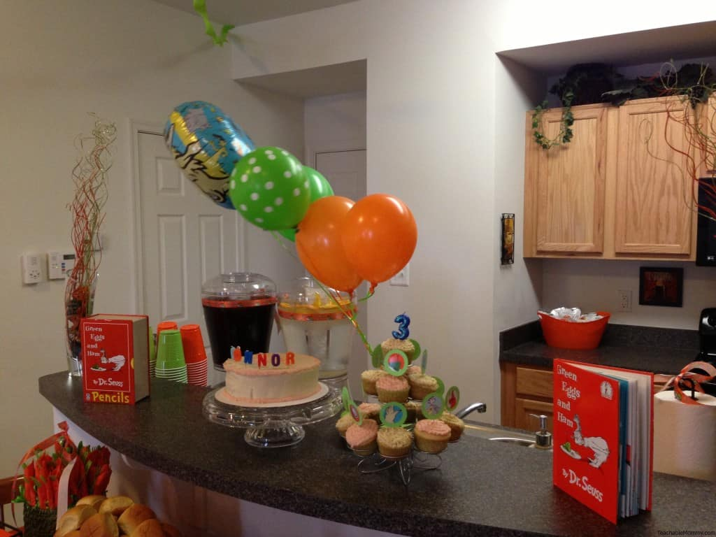 Green Eggs and Ham Birthday Party Decorations