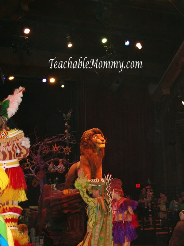The Festival of the Lion King at Disney World, Simba