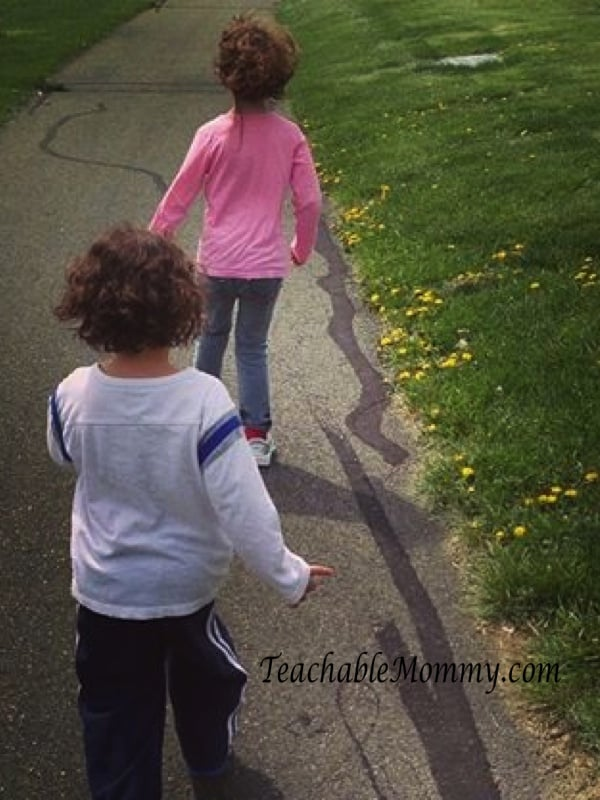 Kid activities, Workout tips for moms, workouts you can do at home, workouts for moms and kids, fitting in fitness as a mom