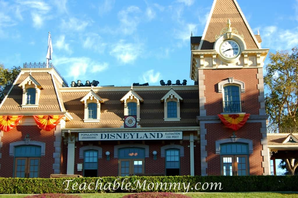 Disneyland, Do you have to plan everything for a Disney Vacation? Disney Vacation Planning, How not to stress planning a Disney World Vacation