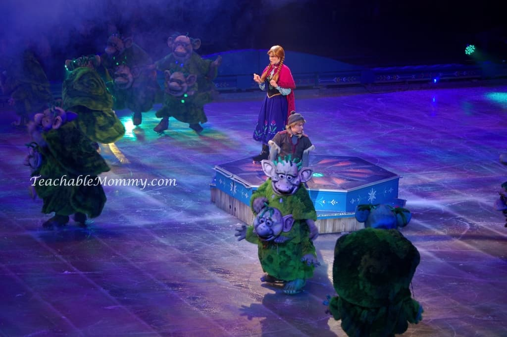 Disney On Ice presents FROZEN! , Anna Kristoff and the Trolls