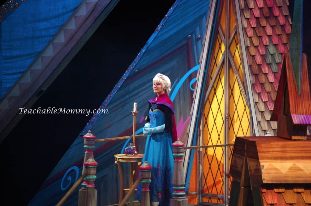 Disney On Ice presents FROZEN! , Elsa