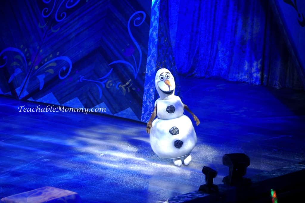 Disney On Ice presents FROZEN! , Olaf