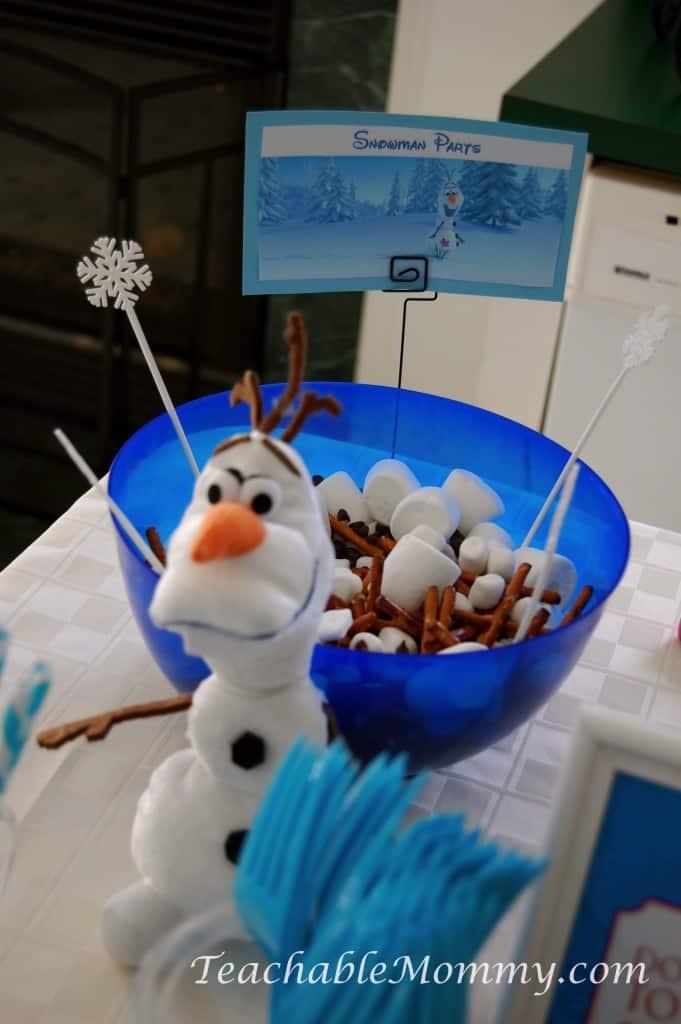 Frozen Birthday Party ideas, Frozen Birthday Crafts, Frozen Games, Frozen Free Printables, Frozen Party Decorations, Frozen Party, Frozen Party food