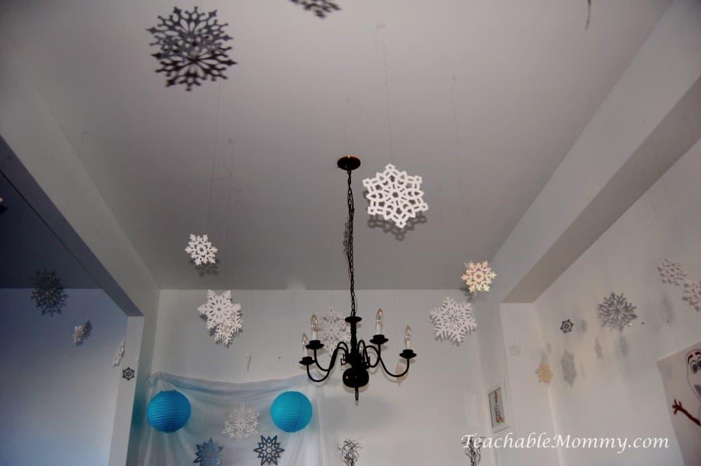 Frozen Birthday Party ideas, Frozen Birthday Crafts, Frozen Games, Frozen Free Printables, Frozen Party Decorations