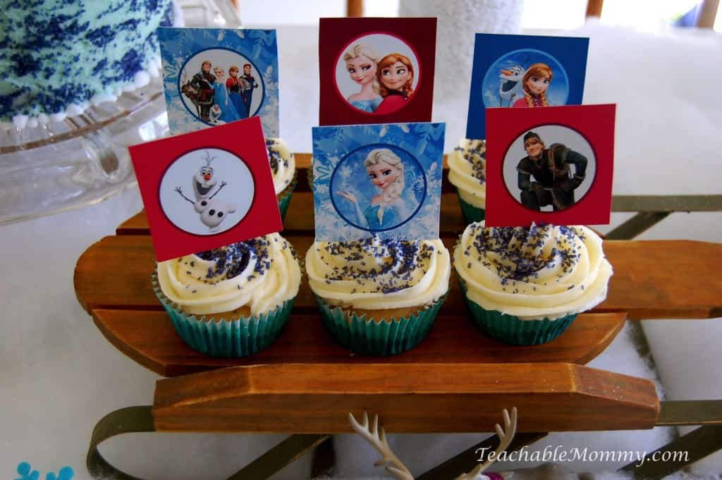 Frozen Birthday Party ideas, Frozen Birthday Crafts, Frozen Games, Frozen Free Printables, Frozen Party Decorations, Frozen Party, Frozen Party food, Frozen Birthday Cake, Frozen Cupcakes