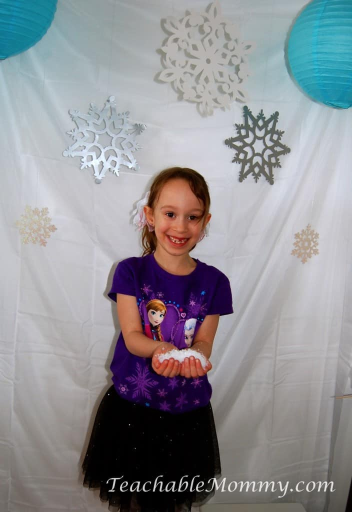 Frozen Birthday Party ideas, Frozen Birthday Crafts, Frozen Games, Frozen Free Printables, Frozen Party Decorations, Frozen Party, Frozen Party Photobooth