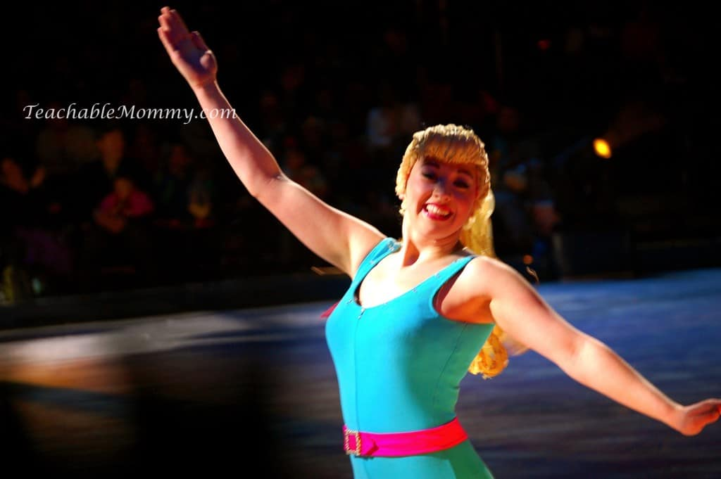 Disney On Ice, Worlds of Fantasy, #DisneyOnIce, Toy Story, Tinkerbell, Cars, The Little Mermaid, Mickey and Minnie
