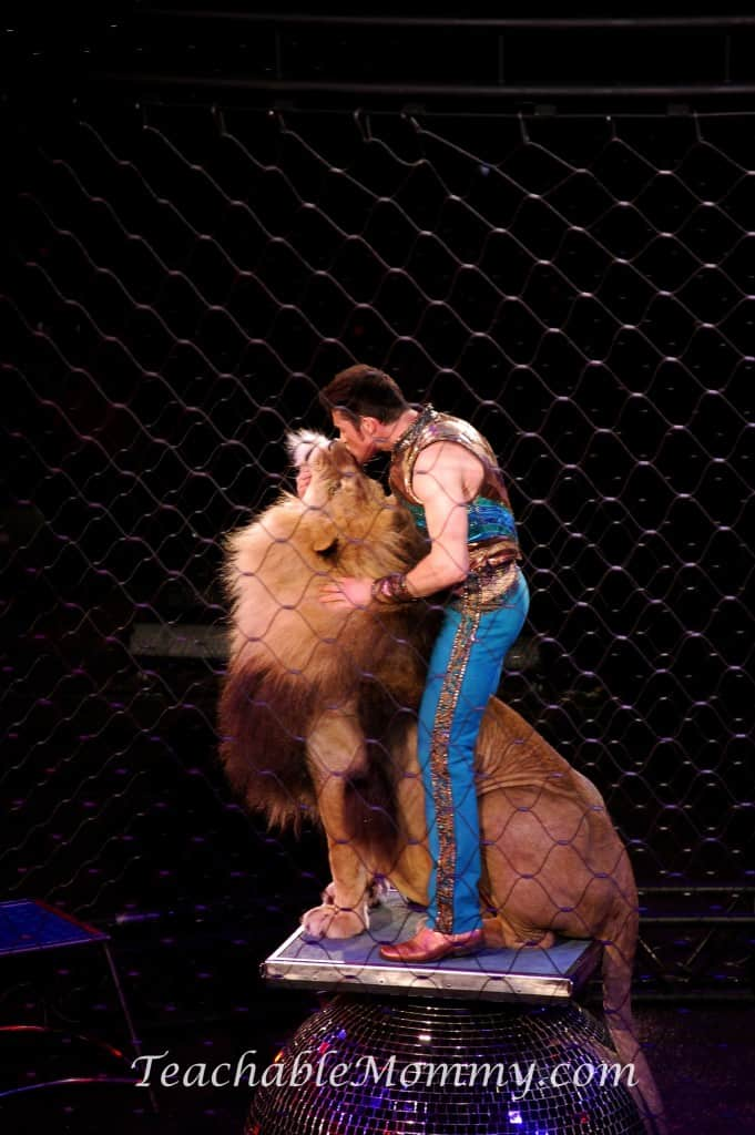 Ringling Bros. and Barnum & Bailey presents LEGENDS!  Alexander Lacey big cats