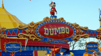 Flying High on Dumbo at Disney Social Media Moms Celebration! | #DisneySMMC