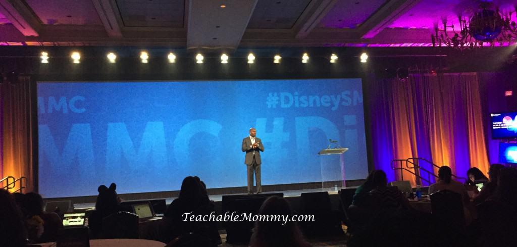 #DisneySMMC, Disney Social Media Moms Celebration, Donald Driver