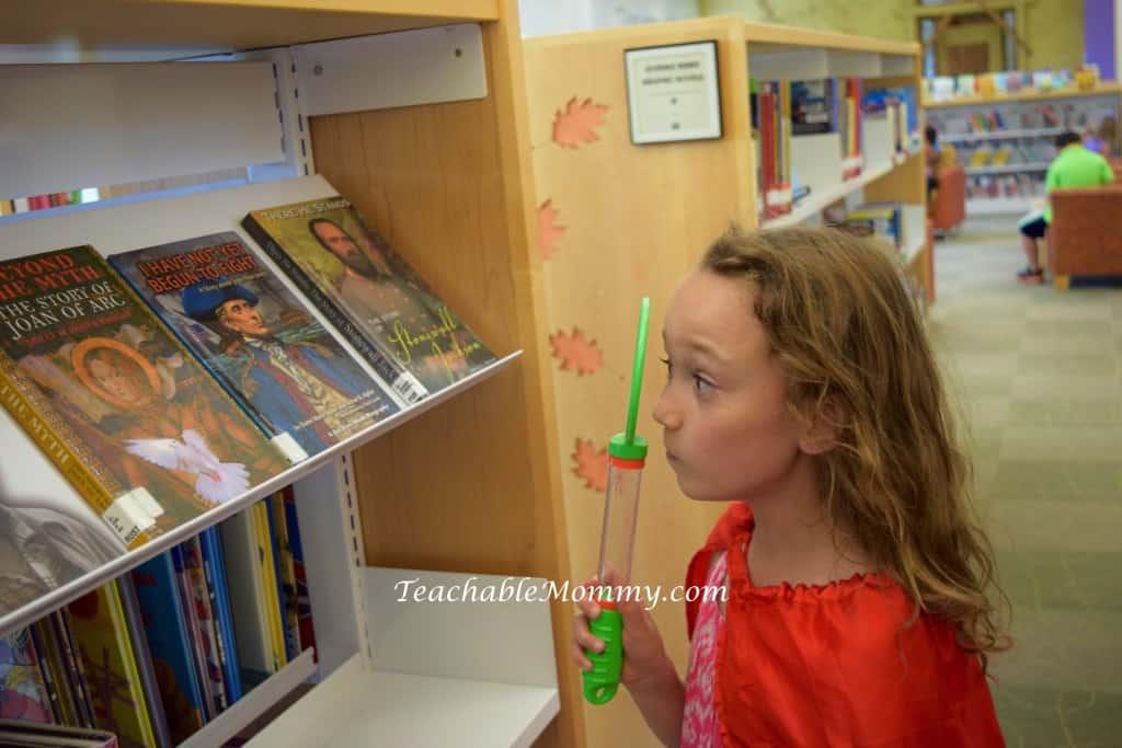 #PoppyCatUS, library scavenger hunt