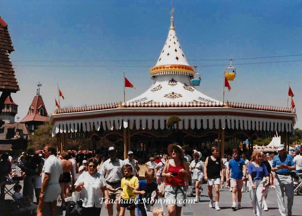 filename-1-Walt Disney World 1989, #WDIS4U, #DisneySMMC