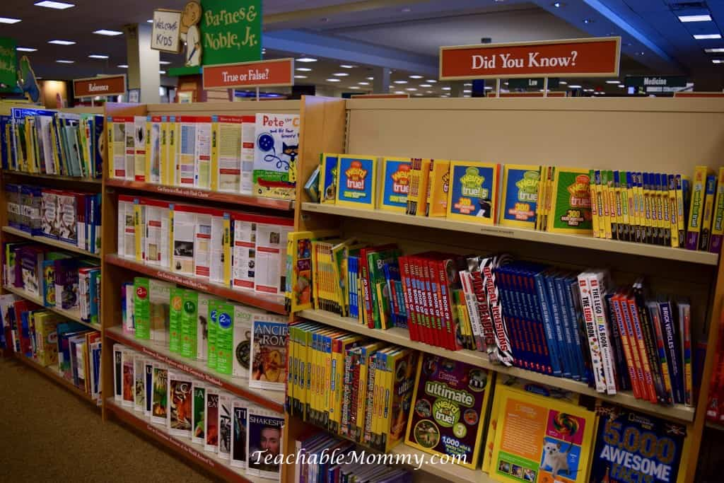 Barnes and Noble MasterCard, college textbooks, save on school supplies, save on college, #BNSchoolSavings, back to school prep, sponsored