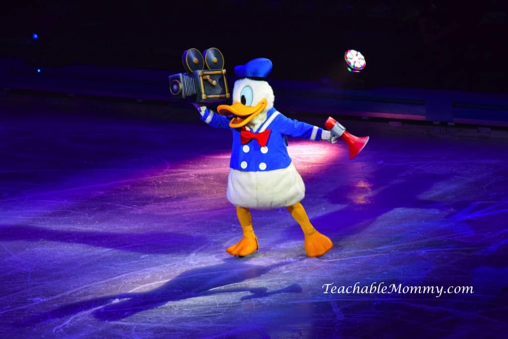 Disney On Ice 100 Years of Magic, Disney On Ice, spon