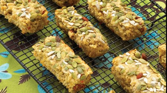 Oat and Yogurt Breakfast Bars
