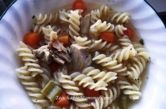 Gluten Free Chicken Noodle Soup, Slow Cooker Chicken Soup, Slow Cooker recipes, Gluten Free recipes, Gluten Free Slow Cooker recipes, Chicken Noodle Soup