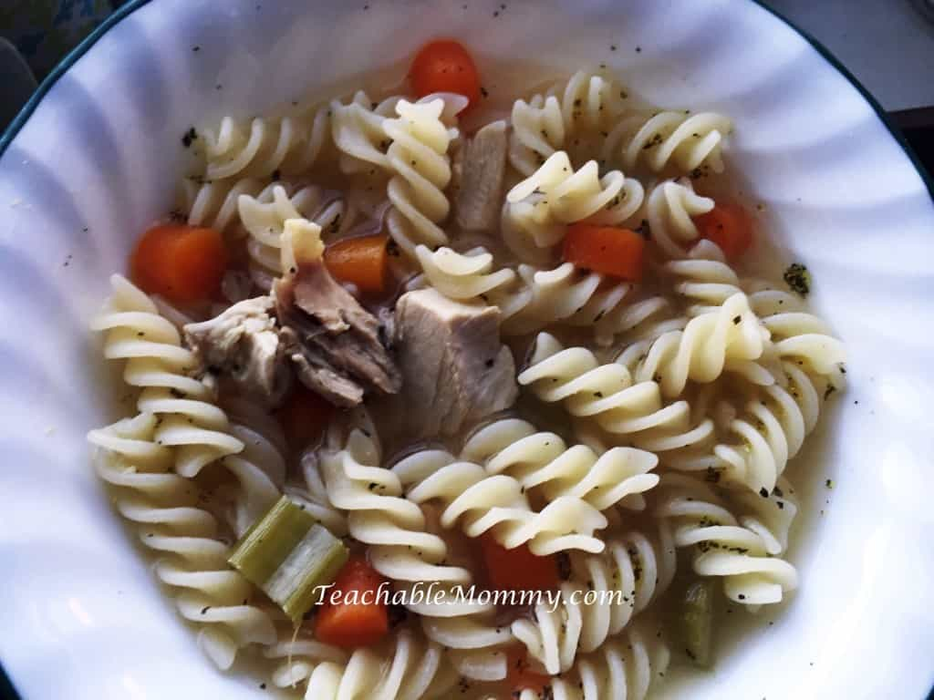 Gluten Free Chicken Noodle Soup, Slow Cooker Chicken Soup, Slow Cooker recipes, Gluten Free recipes, Gluten Free Slow Cooker recipes, Chicken Noodle Soup