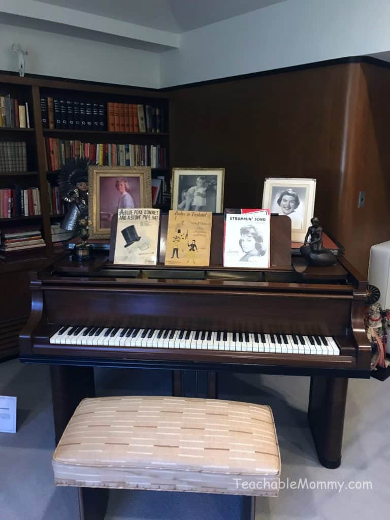 Touring Walt Disney's Office