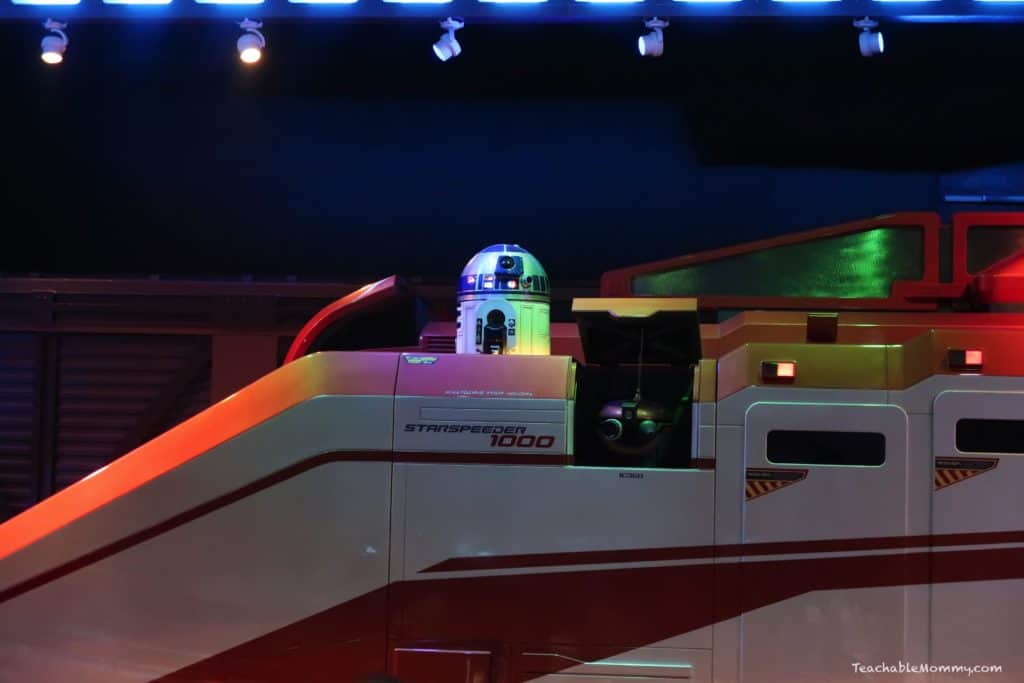 All New Star Tours and Holiday Fun at Disneyland Resort