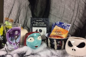 How to Host a The Nightmare Before Christmas Movie Night + Giveaway