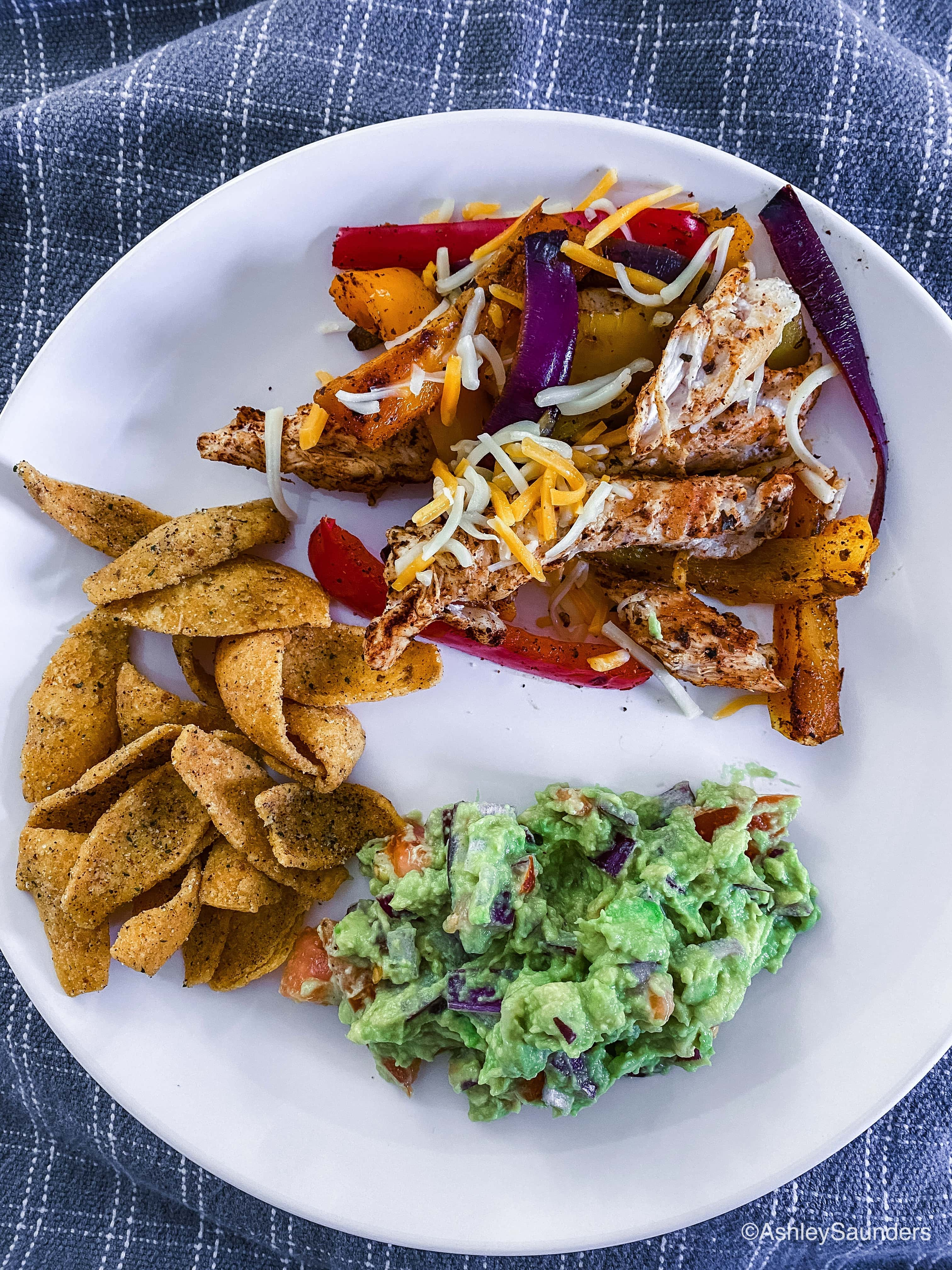 Easy Chicken Fajitas and Guacamole