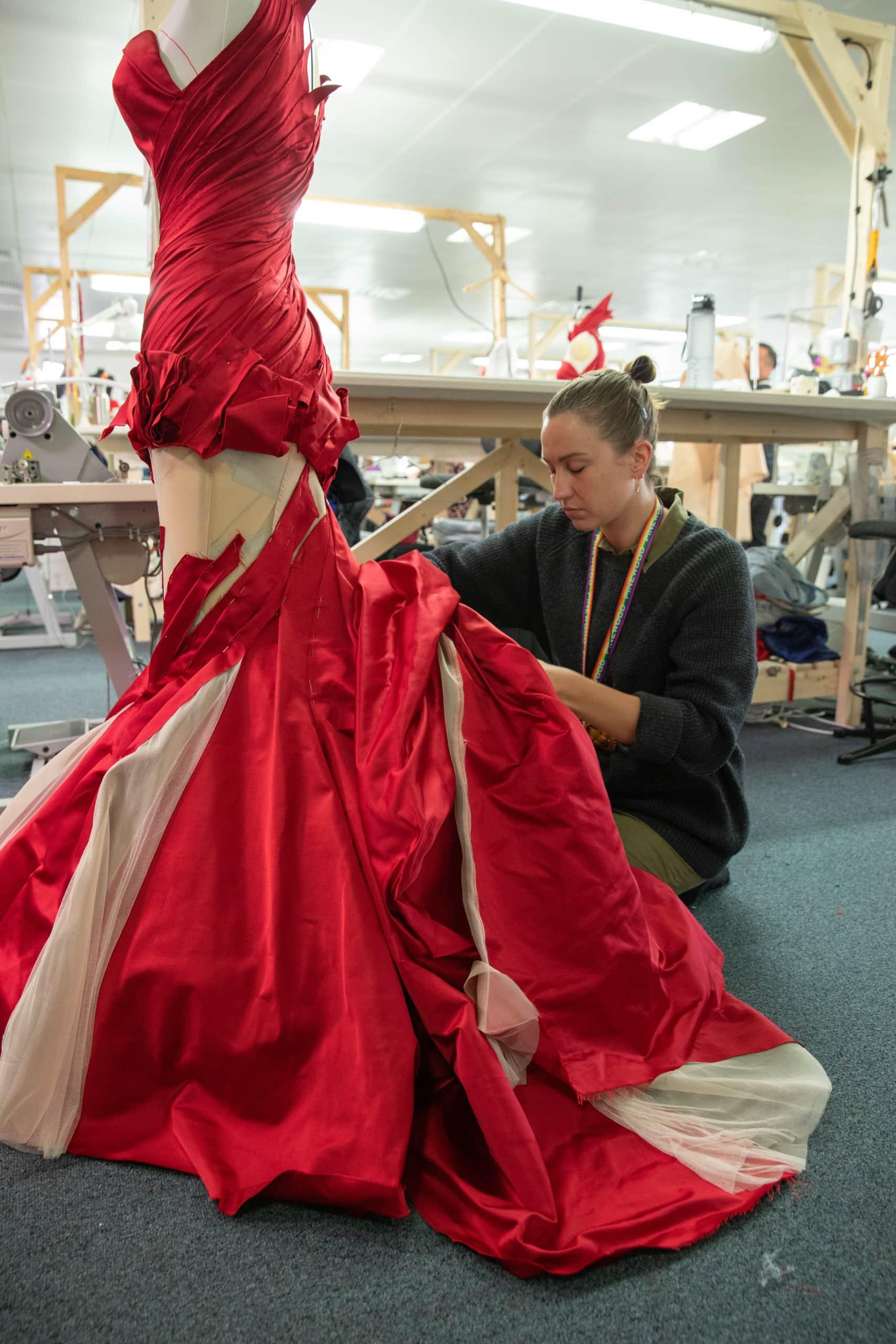 cruella costume design