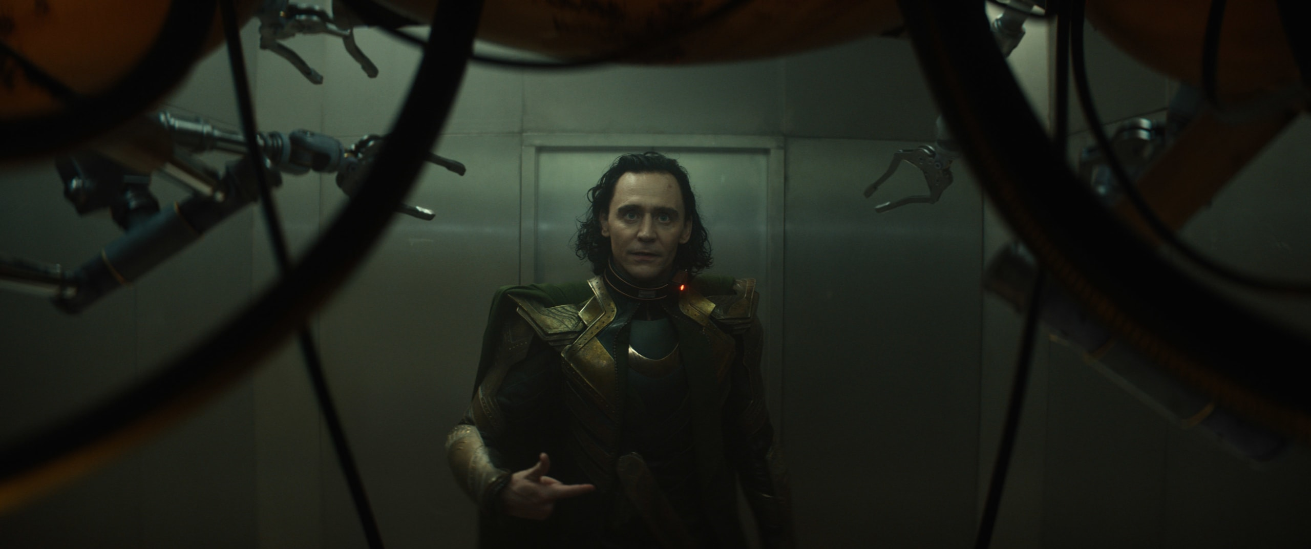 Behind the Scenes of Loki Interview with Tom Hiddleston
